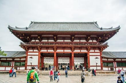 Puerta de entrada al Tôdai-ji